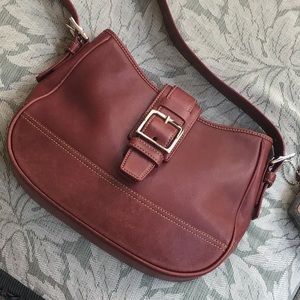 Beautiful vintage Coach shoulder bag